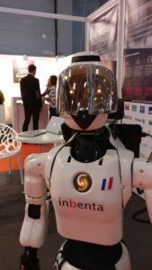 robot Leenby